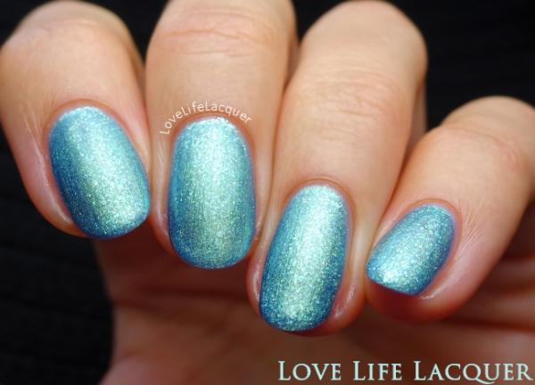 Pink Gellac review by Love Life Lacquer| Ibiza Collectie